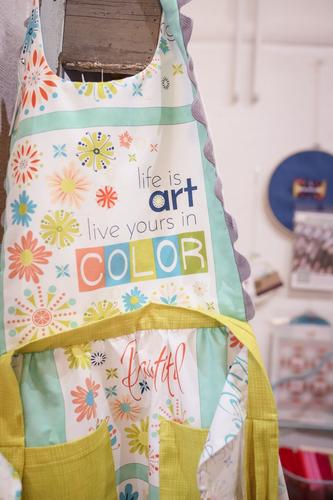 Apron - Life is Art