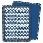 FABRIC CREATIONS No Sew Fleece Throw -Blue Chevron - 122 x 152 cm (48 x 60 in)