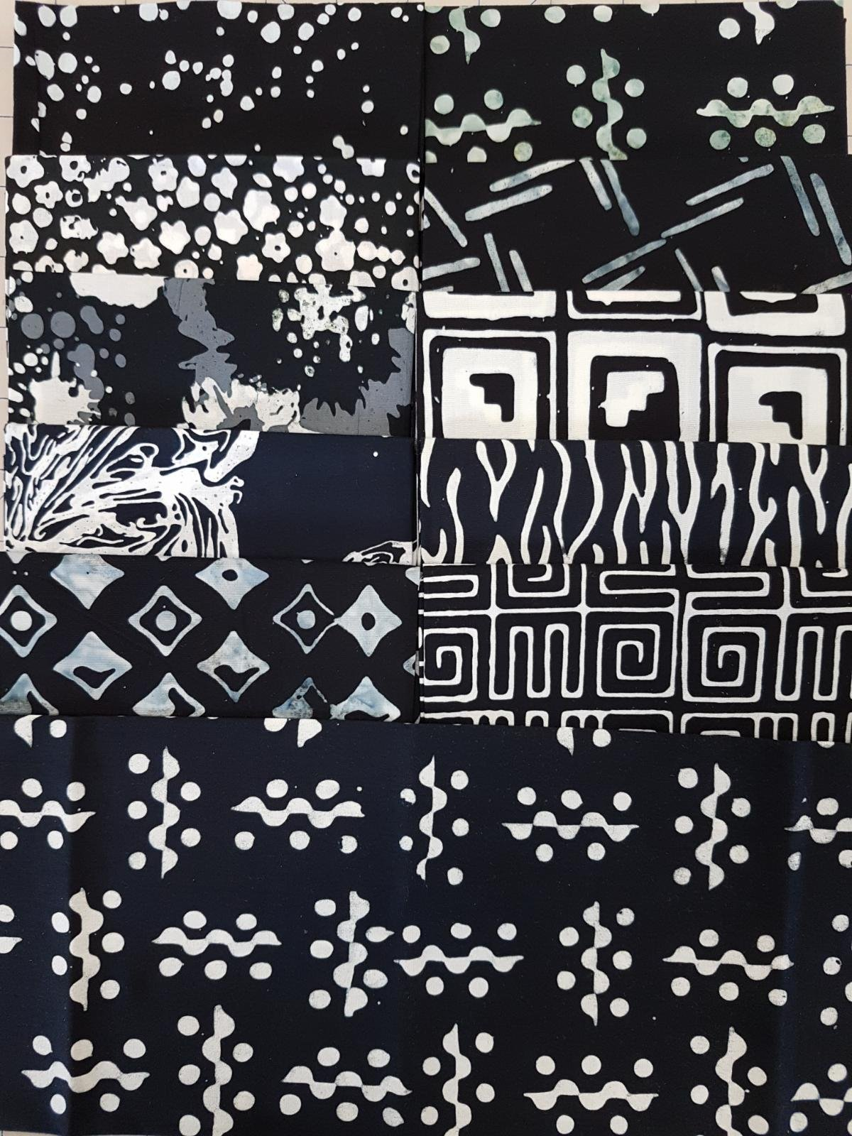 Black & White Batiks - Fat 1/4 Bundle - 11 pcs