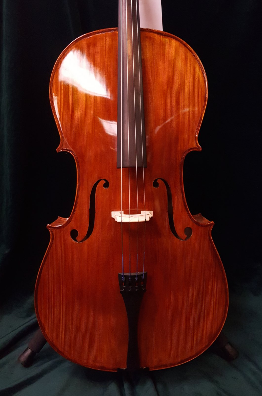 Knilling London Cello 4/4 Outfit w/ Fiberglass Case and Bow