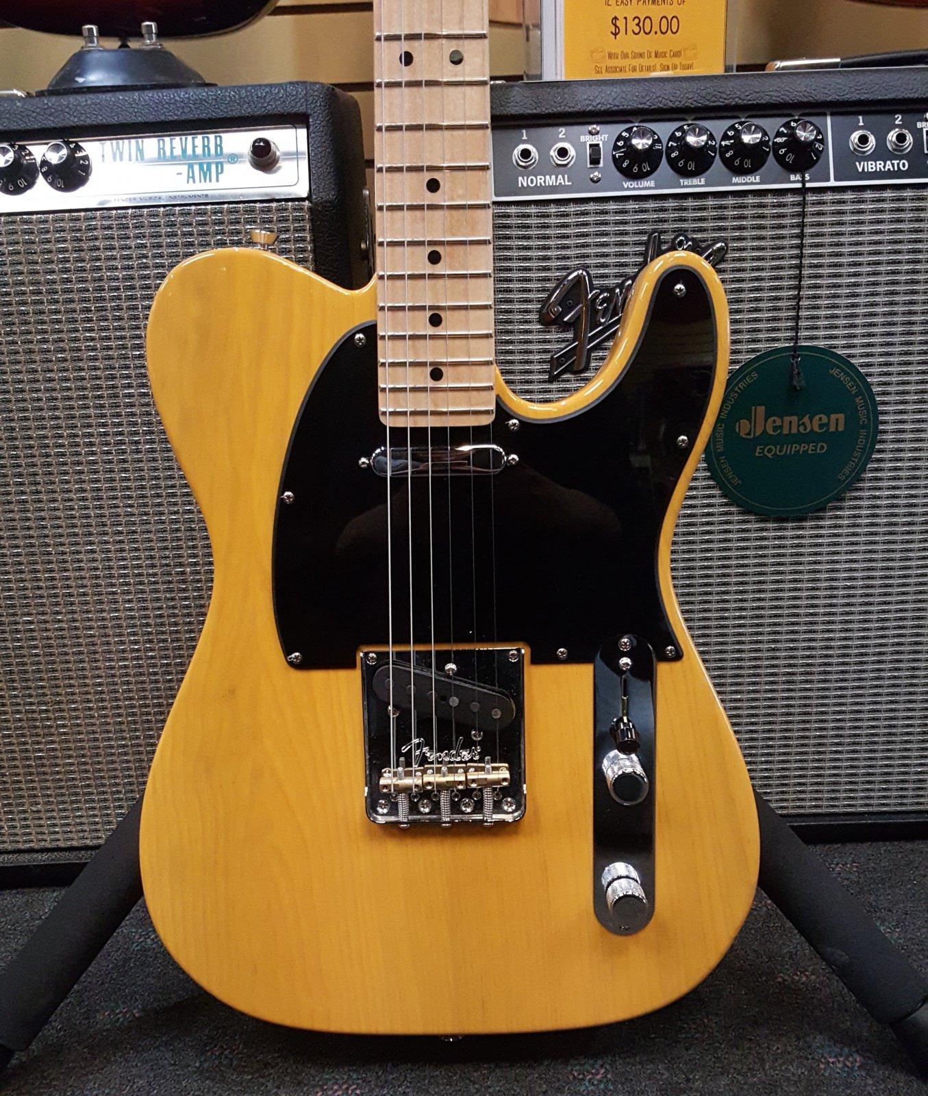 DEMO Fender American Pro Telecaster, Maple Fingerboard, Butterscotch Blonde