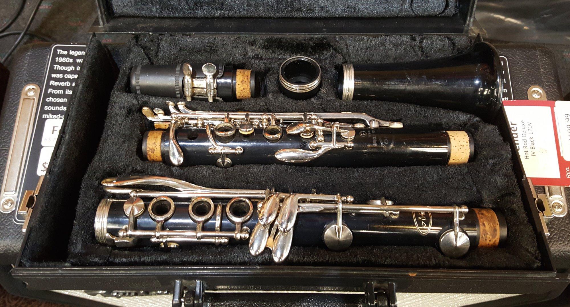 Used Vito Reso-Tone Clarinet w/ Case