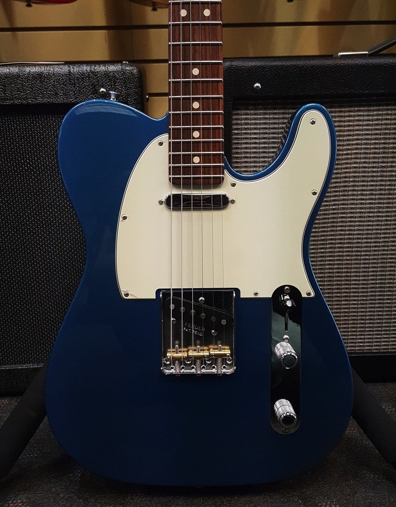 Demo American Special Telecaster�, Rosewood Fingerboard, Lake Placid Blue