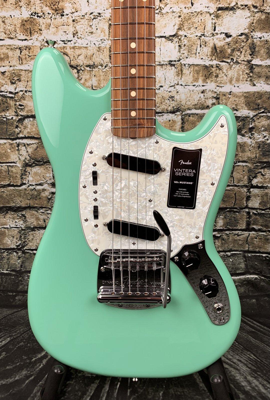 Fender Vintera '60s Mustang - Seafoam Green