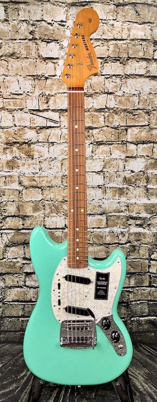 Fender Vintera 60's Mustang
