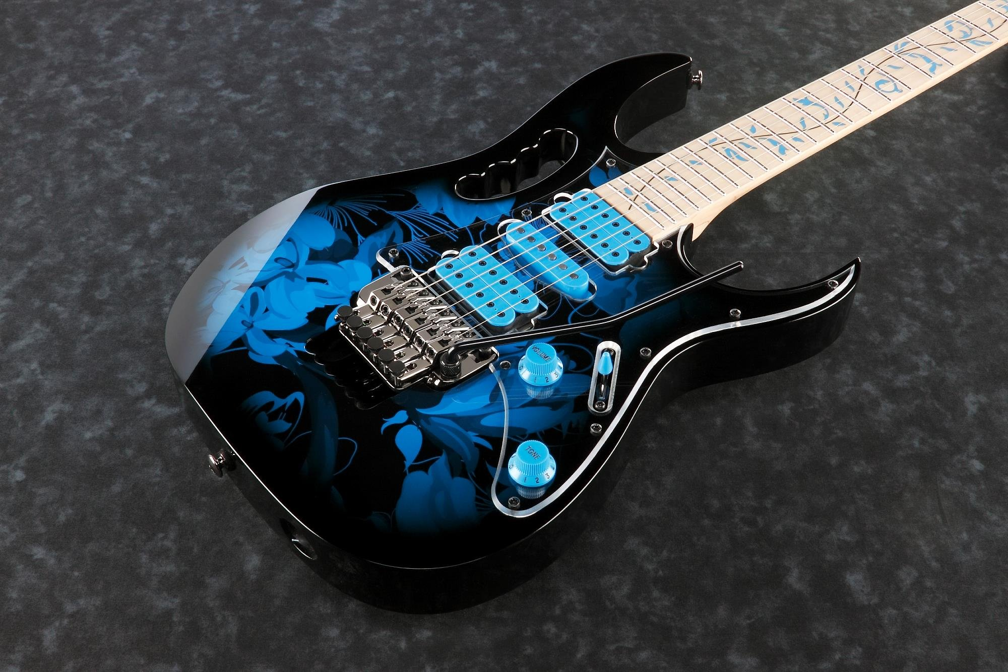 Ibanez JEM77PBFP Steve Vai Signature 6str Electric Guitar w/Bag - Blue Floral Pattern