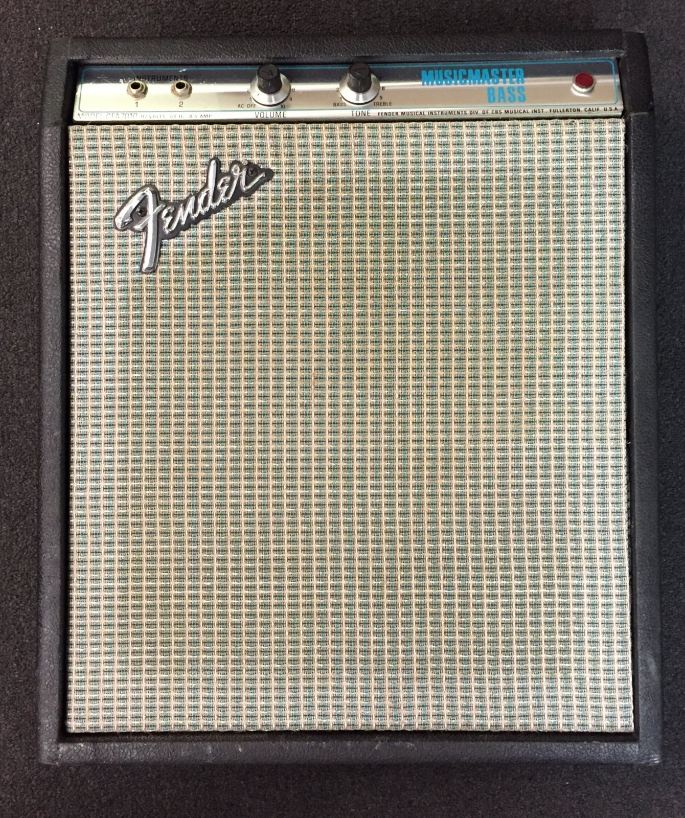 USED 1974 Fender Musicmaster CFA7010 Tube Amp-Silverface