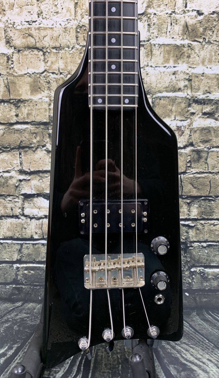 Used Kramer The Duke 4-String Headless Bass Guitar - Black