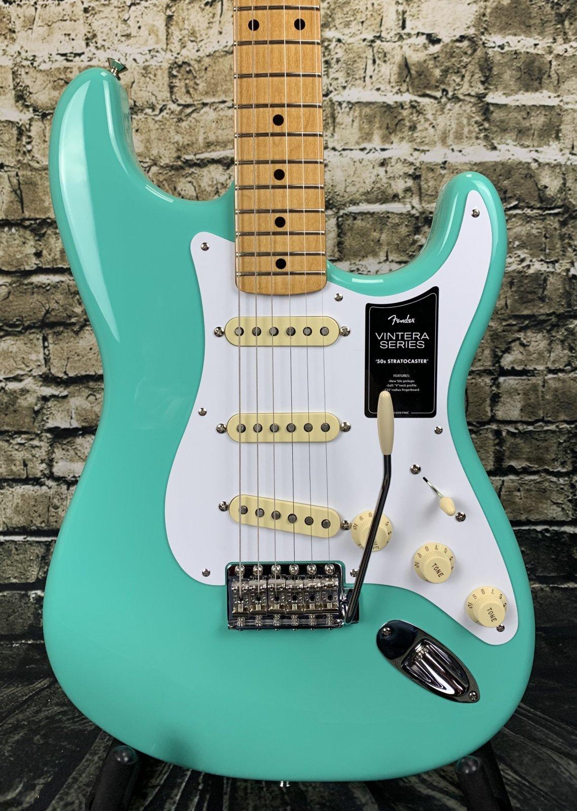 Fender Vintera '50s Stratocaster Maple Fingerboard - Seafoam Green