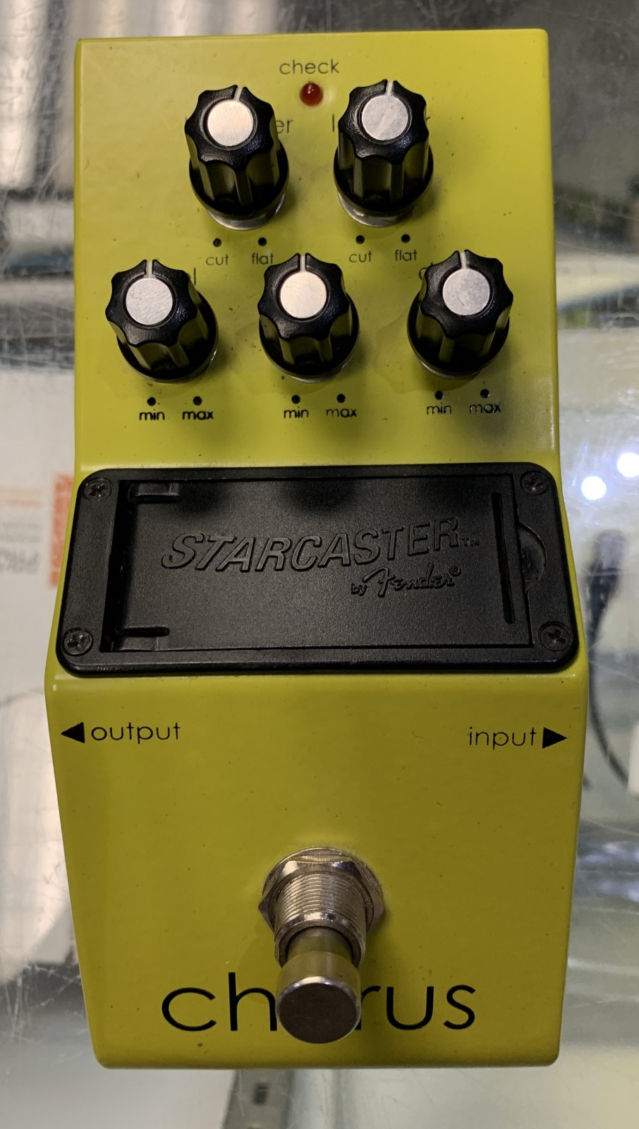 Used Starcaster by Fender Chorus Pedal