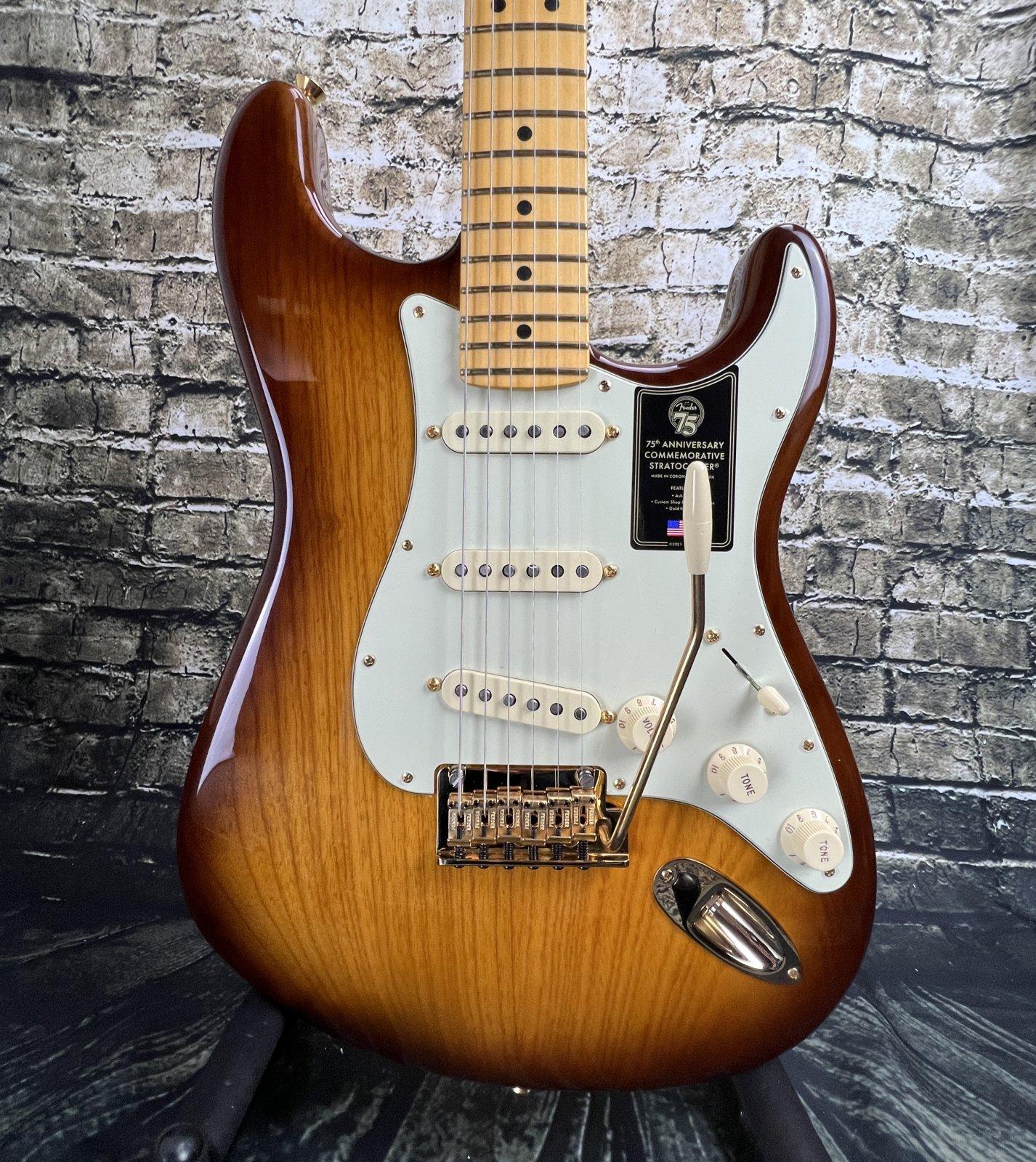 Fender 75th Anniversary Commemorative Stratocaster Maple Fingerboard - 2-Color Bourbon Burst