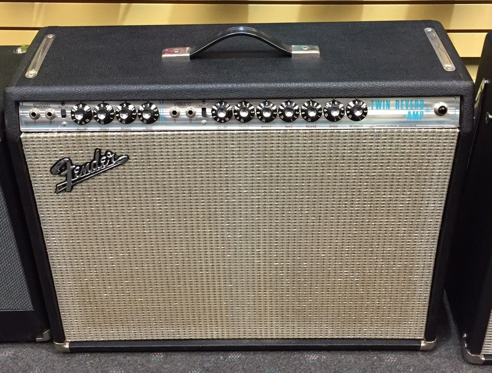 Vintage Fender 1971 Twin Reverb w/ Footswitch