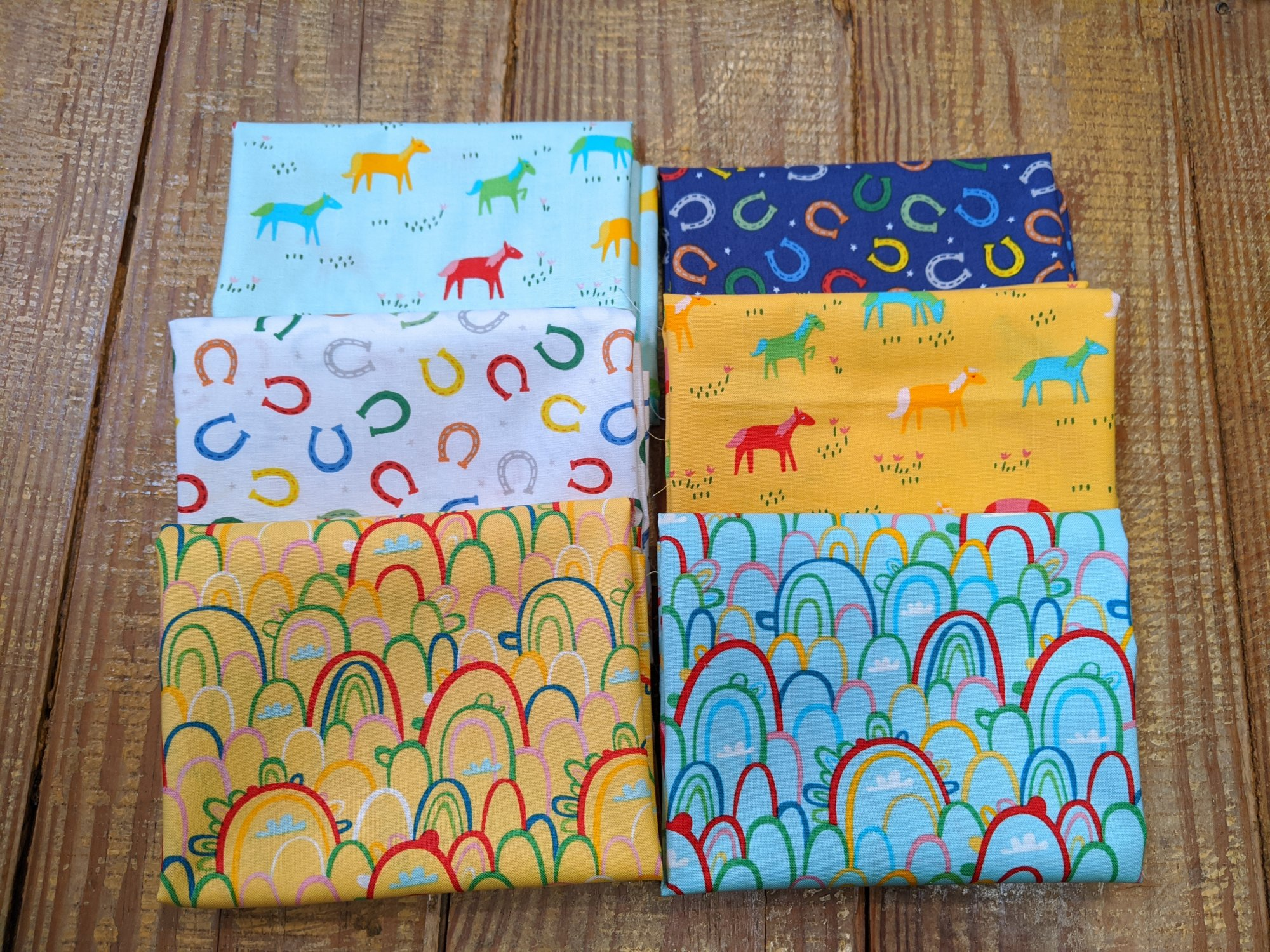 Pony Club - Best Friends Fat Quarter 6 pack - Horses and Rainbows