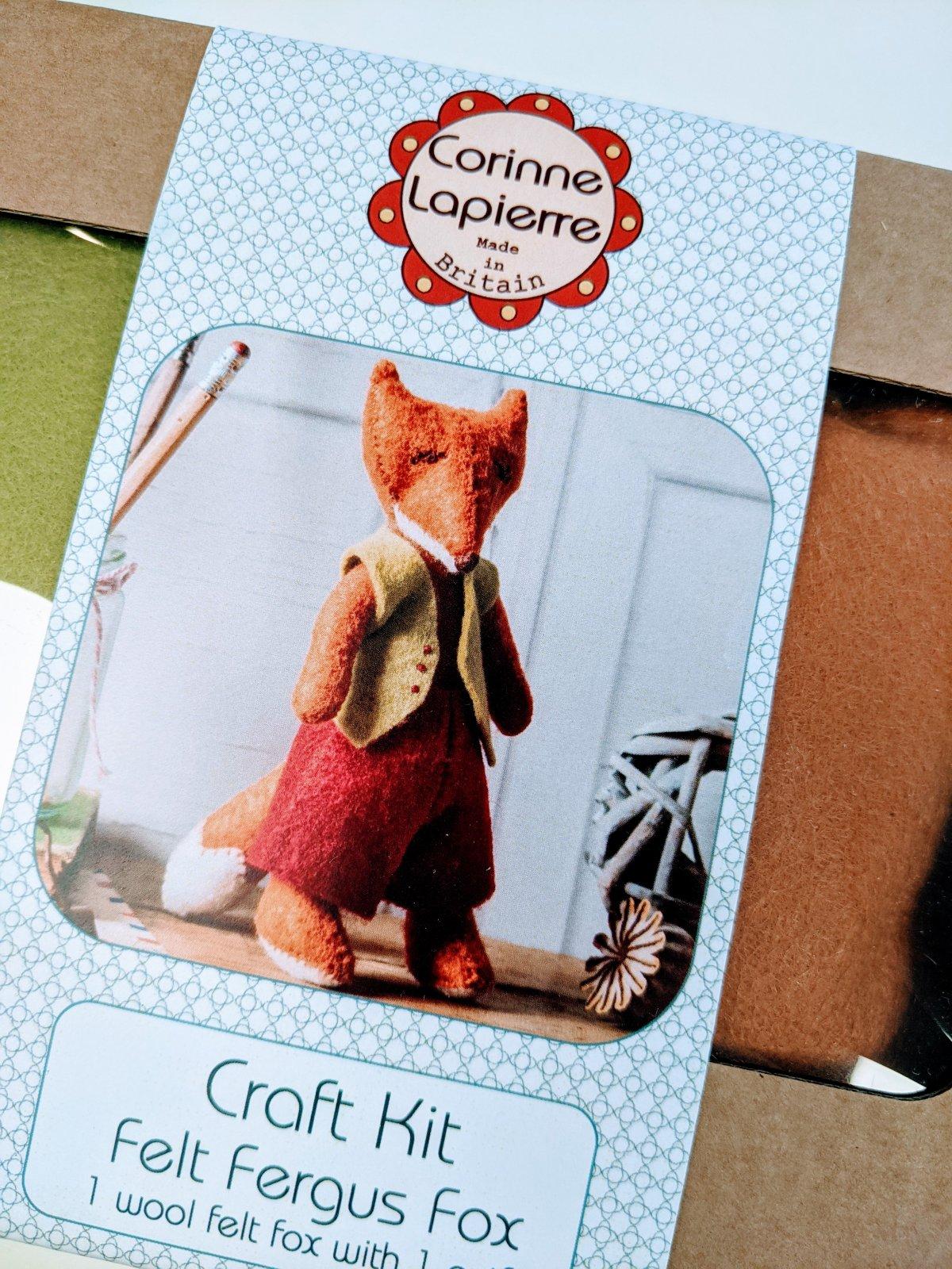 Fergus Fox Felt Kit by Corinne Lapierre