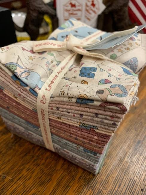 Lynette Anderson Summer Holiday fat quarter bundle