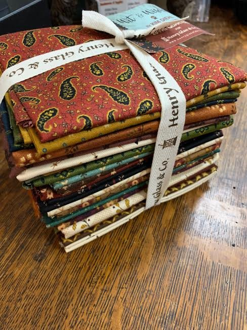 Henry Glass Wit and Wisdom fat quarter bundle