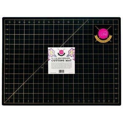 Tula Pink Cutting Mat 17x23
