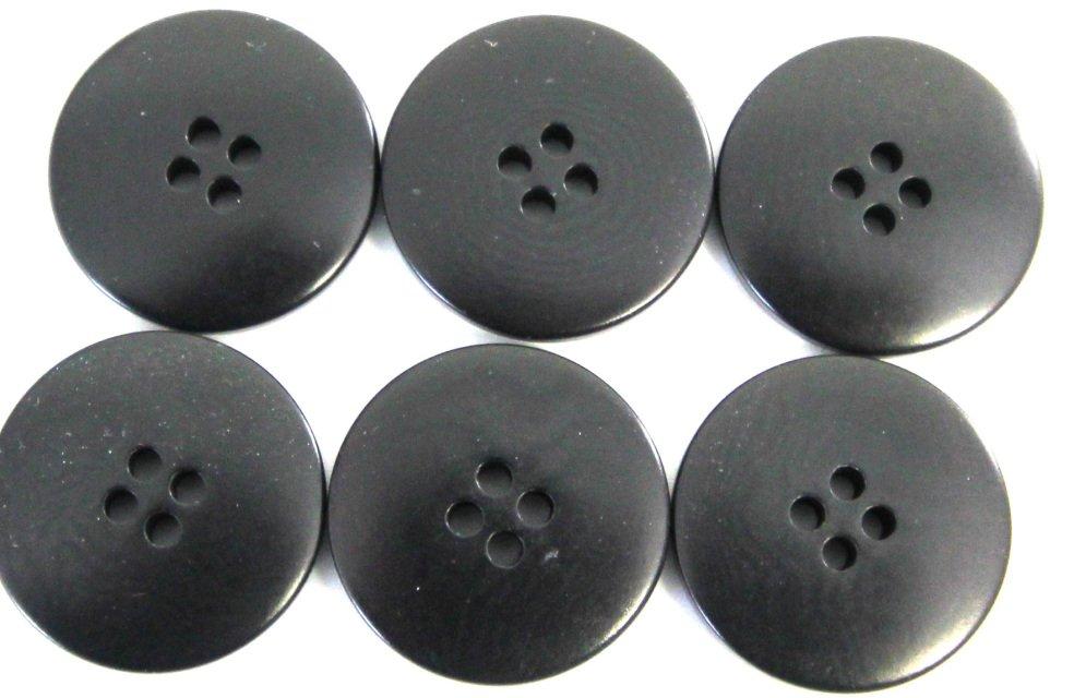 Italian tagua buttons, black