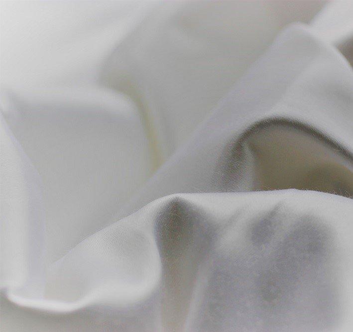 Cotton satin in white