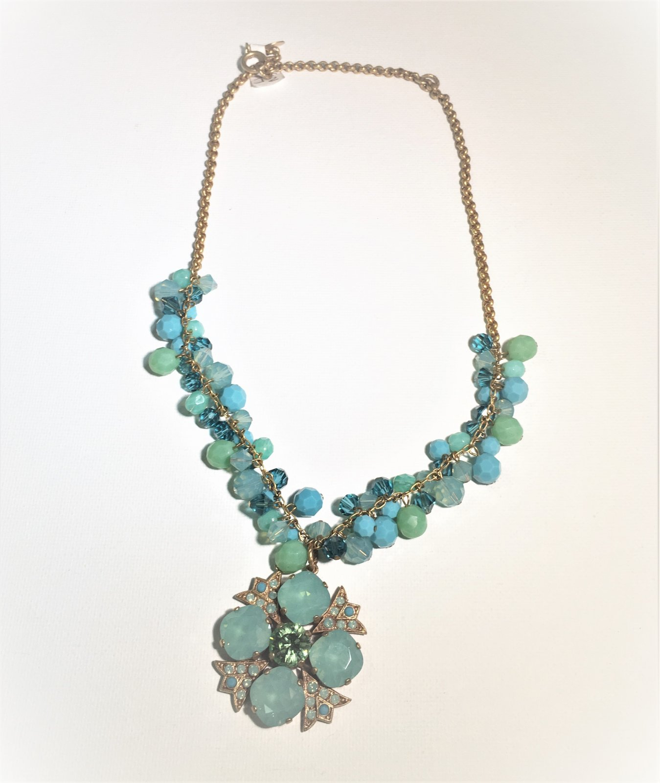 Gold Chain Necklace with Aqua Stones 0017