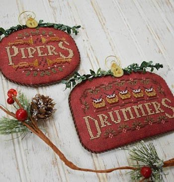 Hands On Design - 12 Days - Pipers and Drummers