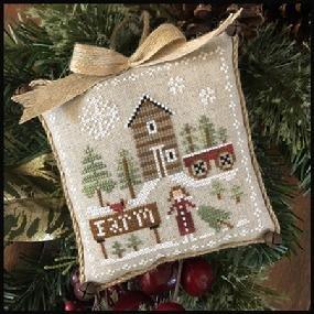 Little House - Pinewood Farm Farmhouse Christmas
