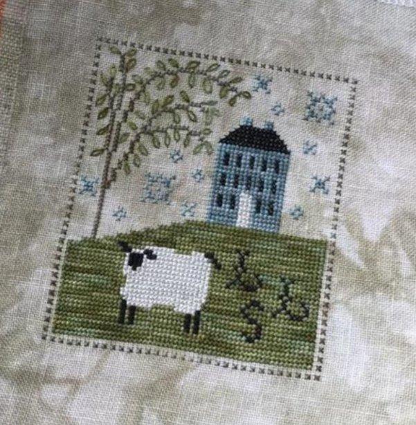 Chessie & Me - Sheepish Manor KIT
