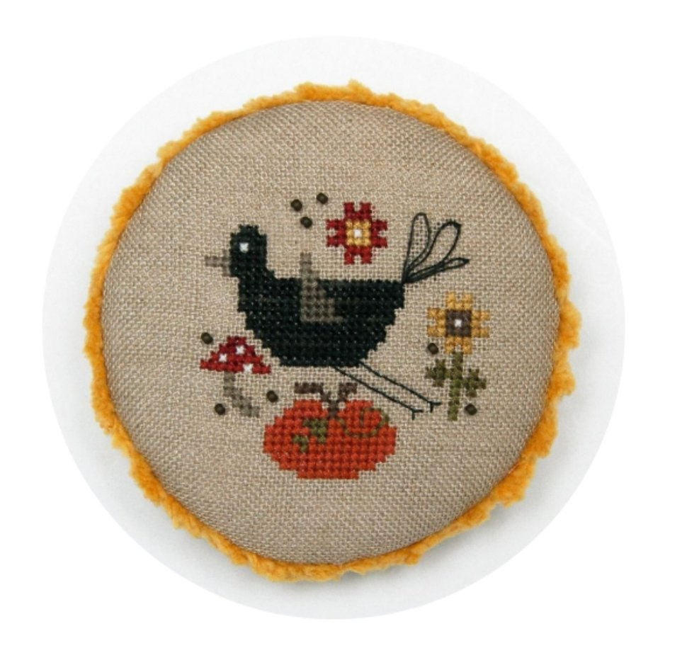 Heart In Hand - Pocket Round Crow