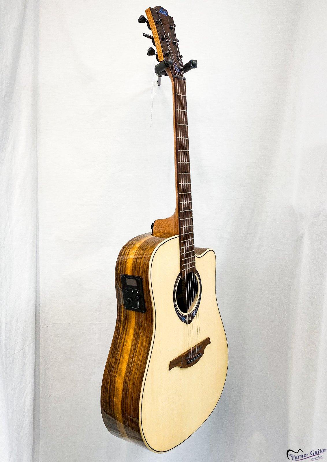 LAG Guitars Tramontane Hyvibe 20 Glossy Engelmann Spruce Top - Smart Guitar - Bluetooth & Effects