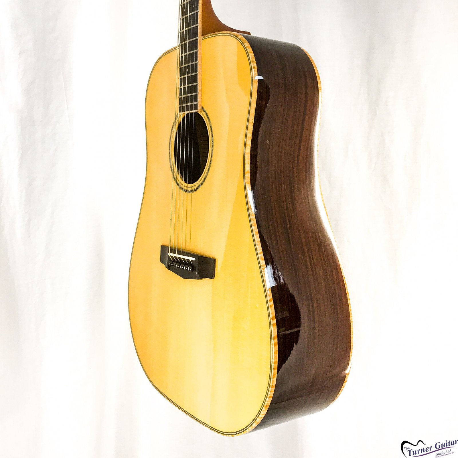 Cort Earth-Custom All Solid Dreadnought Acoustic - Mint Condition Used