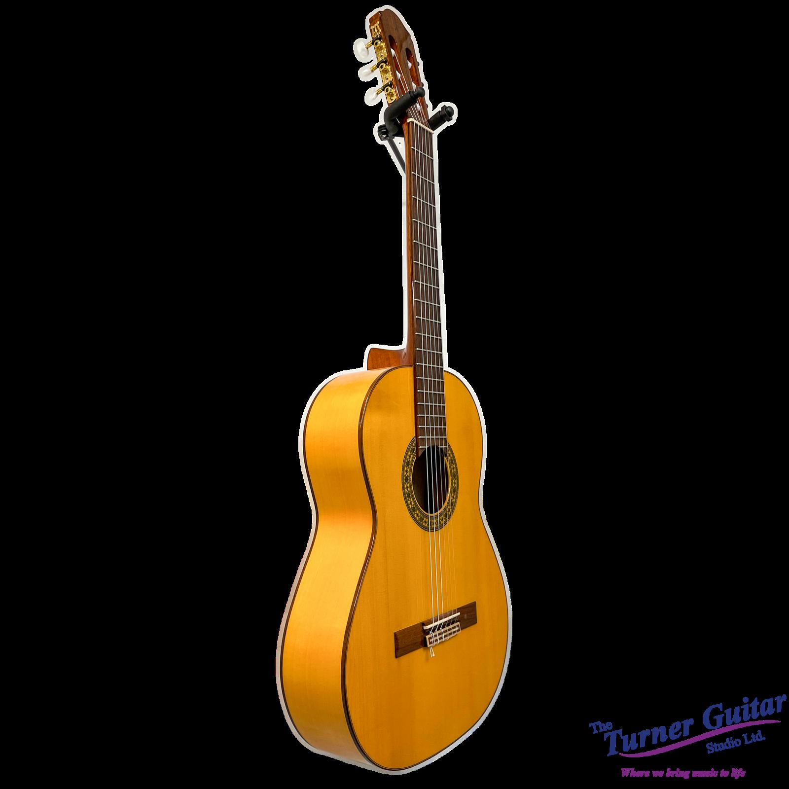 Raimundo Spanish Built Classical Guitar - Some Cosmetic Damage
