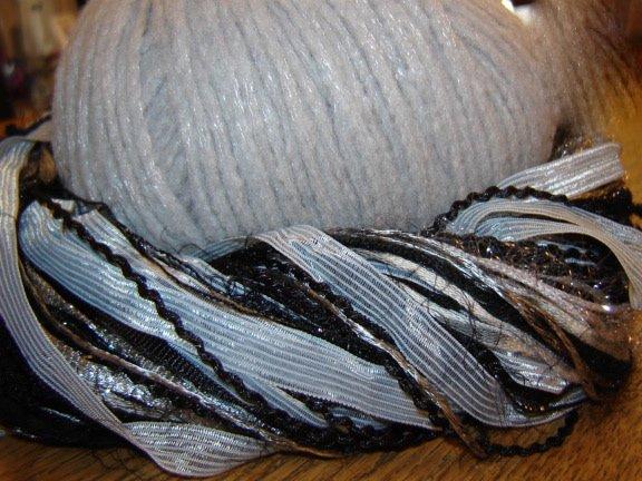 Mosaic Wrap - Grey