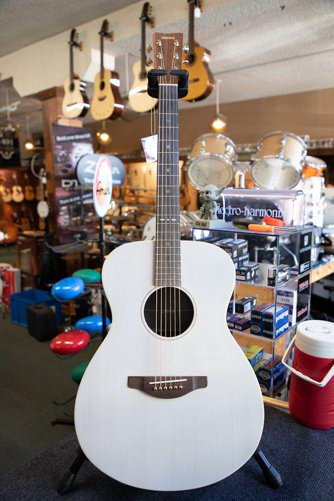 Yamaha STORIA I Concert Acoustic-Electric Guitar Walnut