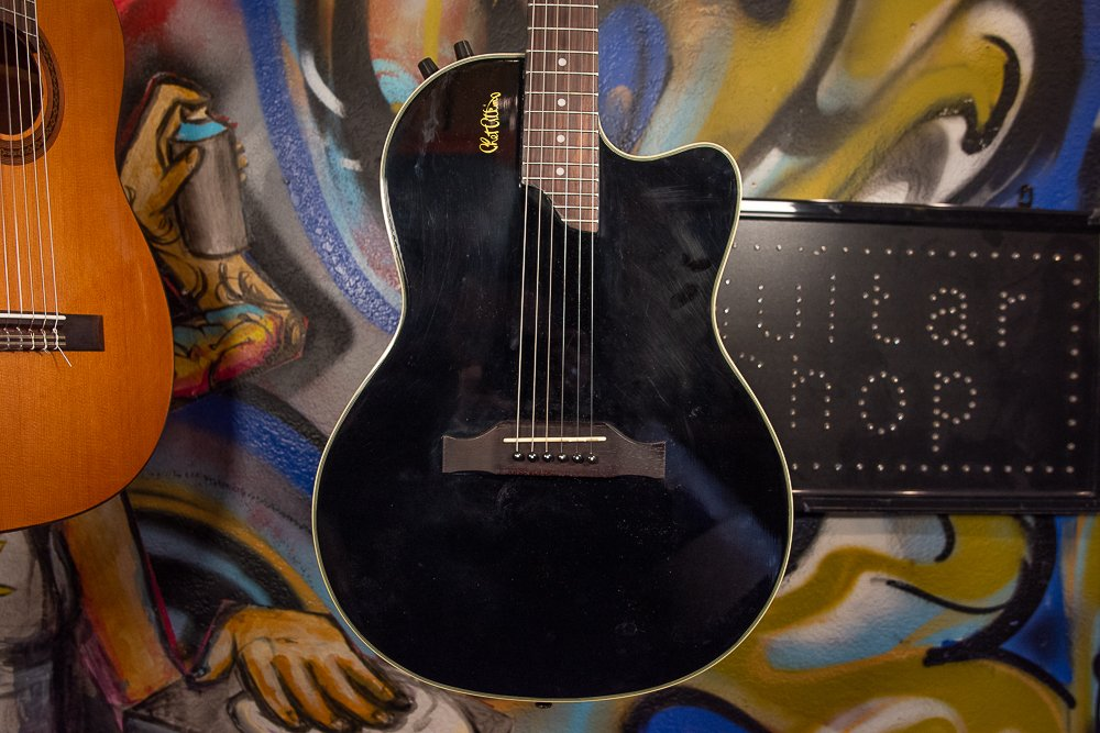 Epiphone SST Chet Atkins  w/Hard Case