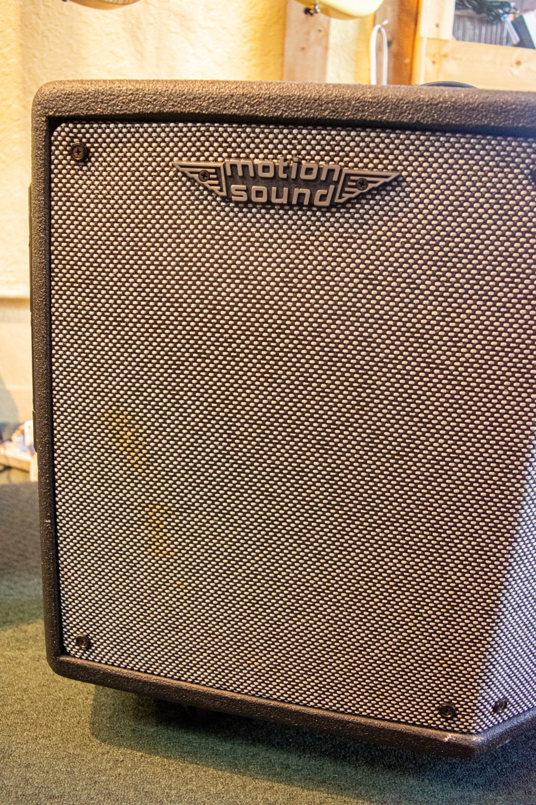 Motion Sound Keyboard Amp KP-500SN w/cover