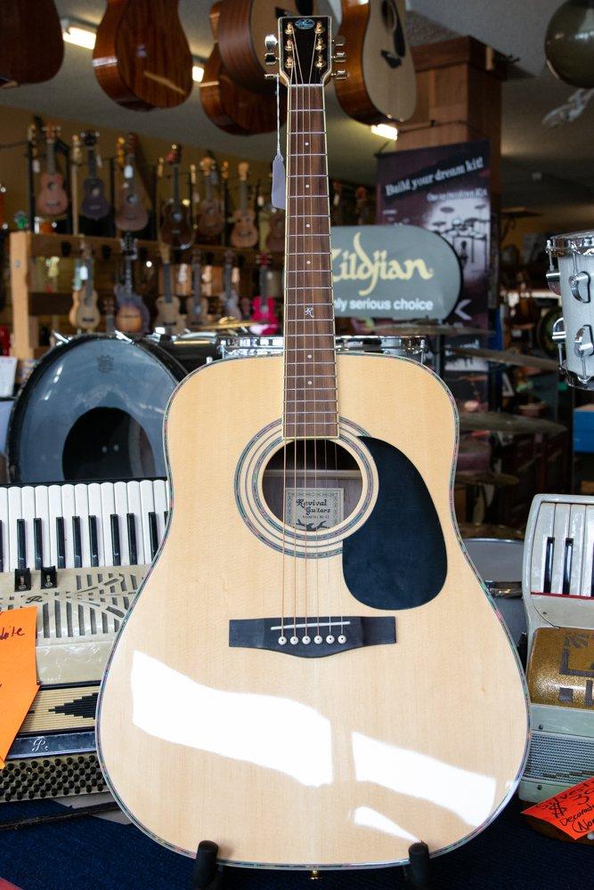 Revival Rg-12 Spruce Black Walnut Dreadnaught Guitar