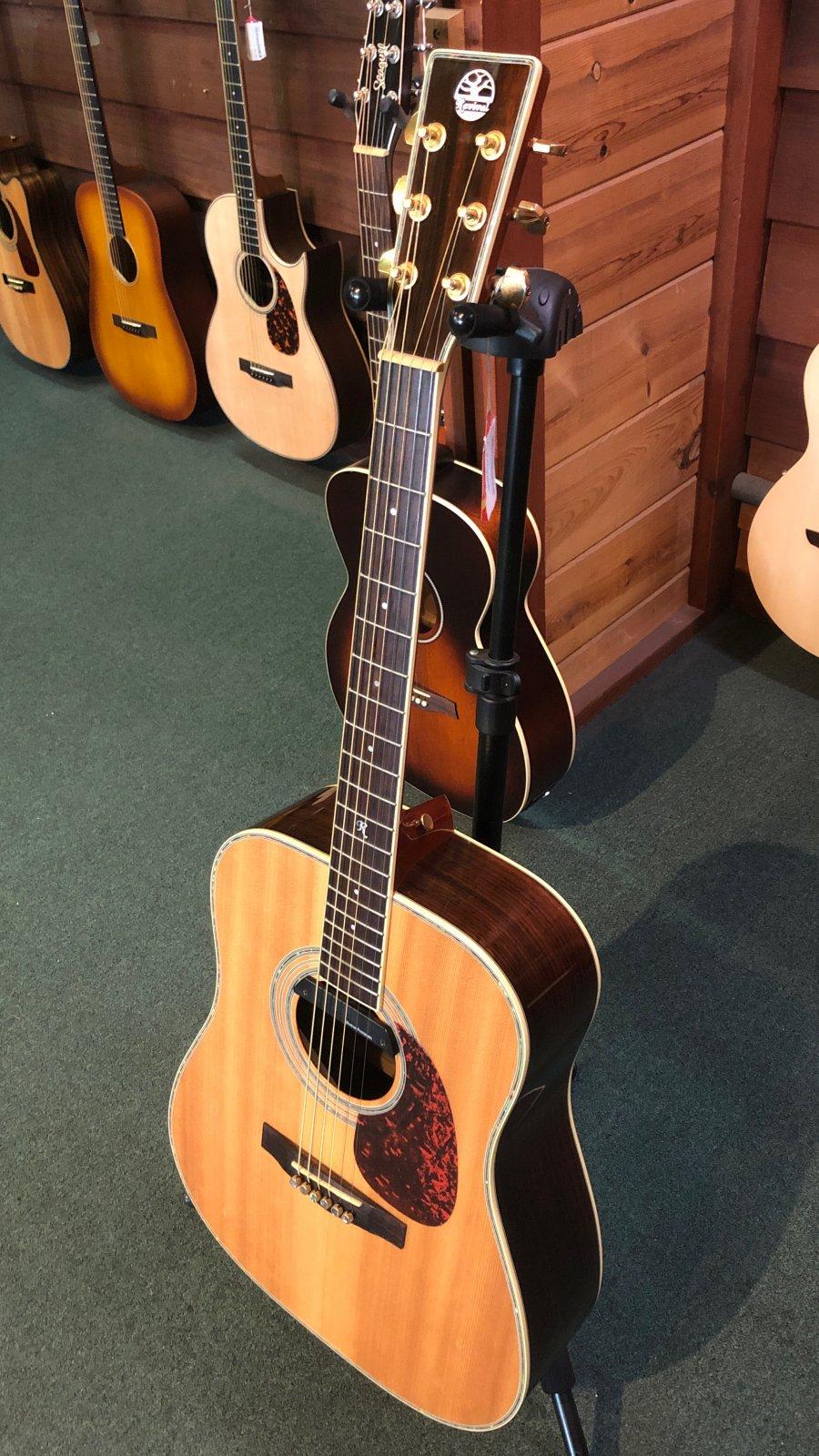 Revival Guitar RG-12