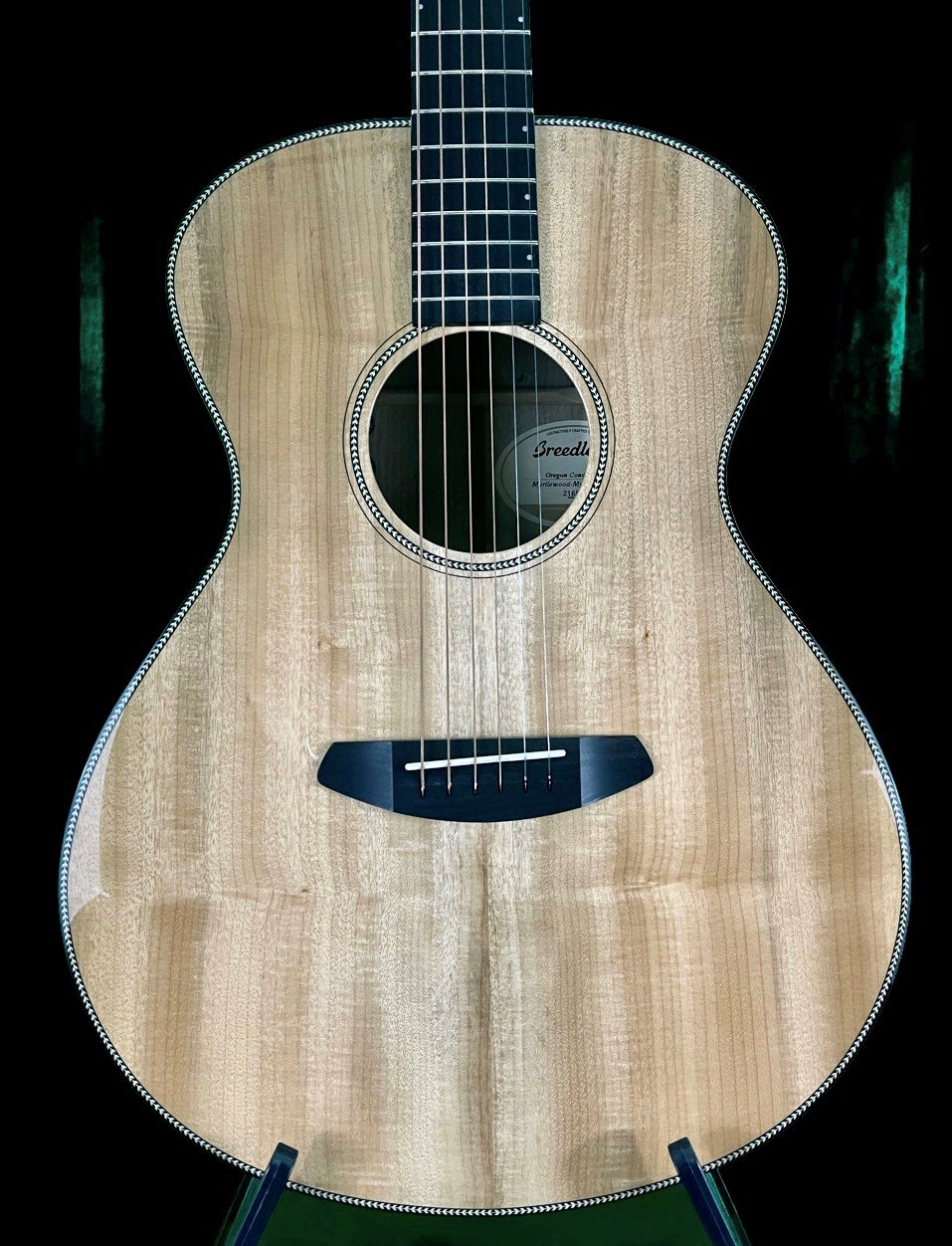 Breedlove Oregon Concert E all Myrtlewood Acoustic Guitar