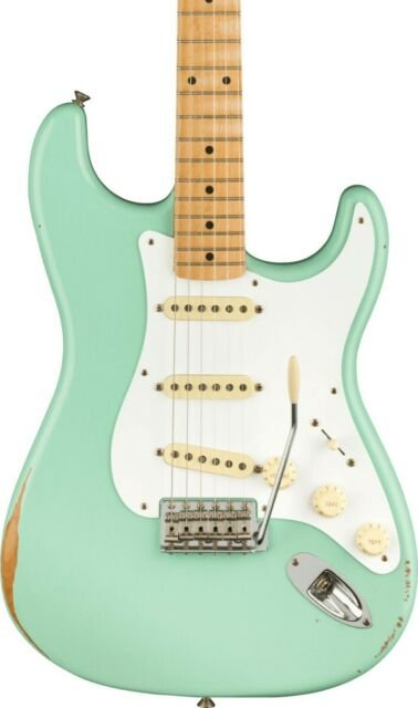 Fender Road Worn 50's Strat in Surf Green  with gig Bag