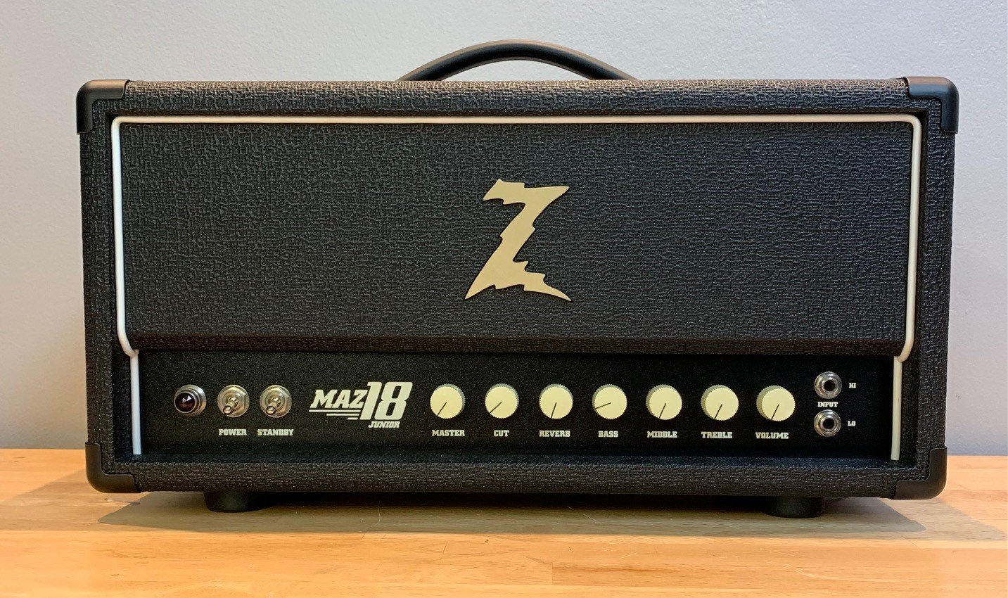 Used Dr Z Maz 18 JR Head w/410 Backline Cabinet with Z10 Speakers