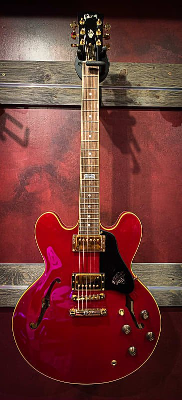 Used Gibson 335A Centennial with case candy and case
