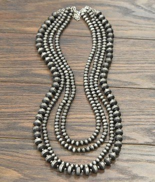 34 Navajo Pearl Necklace