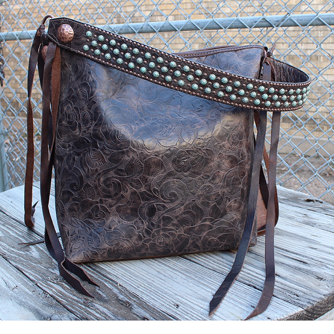Messenger Tote in Vintage Rose from Double J Saddlery