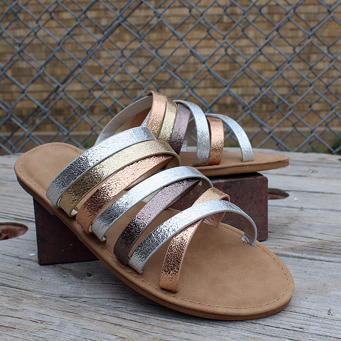 Maintain Multi-Strap Sandal