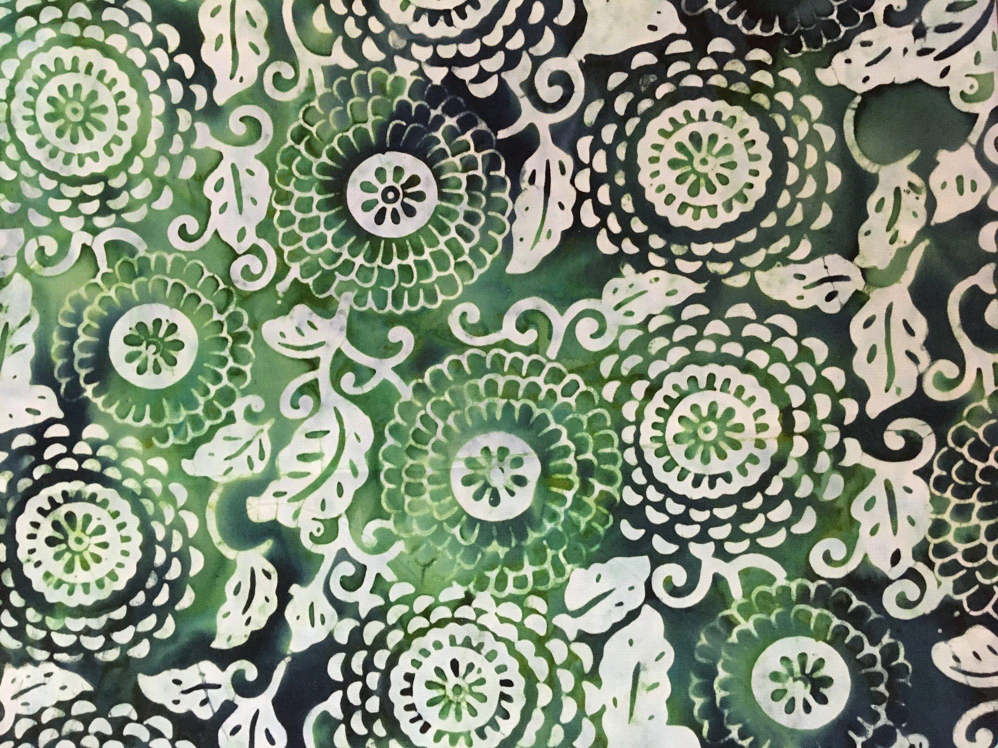 Batik Flat Fold Green Dahlia