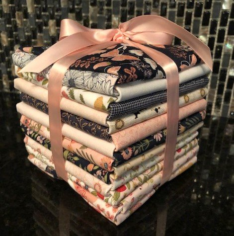 Daisy Mae Fat Quarter Bundle by Poppie Cotton