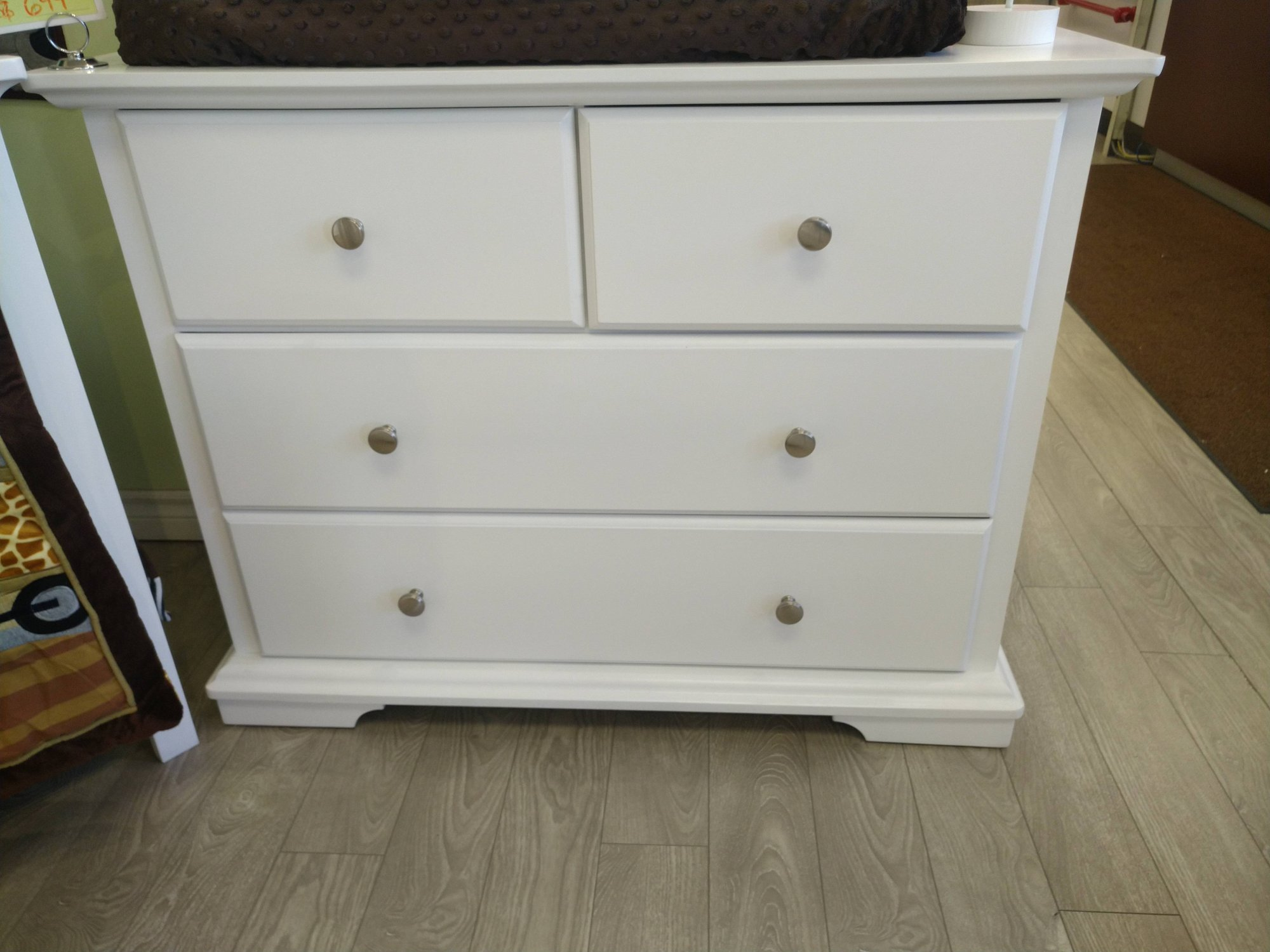 Devon 3 Drawer Dresser - White (CURBSIDE PICK-UP ONLY)