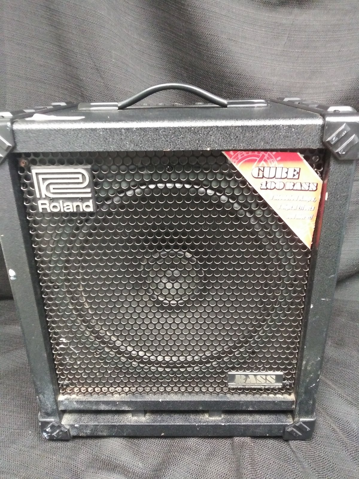 Used Roland Cube 100 Bass Amplifier