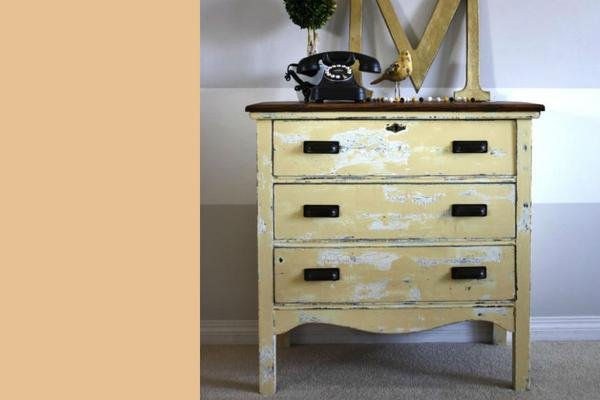 Country Chic Paint- All in One: Bee's Knee 4oz Paint