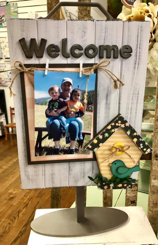Birdhouse Kit for Welcome Photo Sign